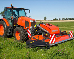 FAUCHEUSE CONDITIONNEUSE KUBOTA SERIE DMC7000